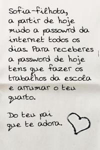 Bilhete Mudar Password Wifi do Pai Paulo para a Filha Catarina