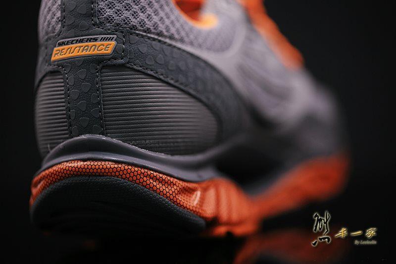 SKECHERS慢跑系列|怪怪卻舒適的足弓推進器運動鞋優缺點評價|SKECHERS健走系列、慢跑系列、健身系列、靴子系列、休閒系列和涼拖鞋系列
