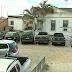 Criminosos arrombam delegacia e furtam armas em Garanhuns, Agreste