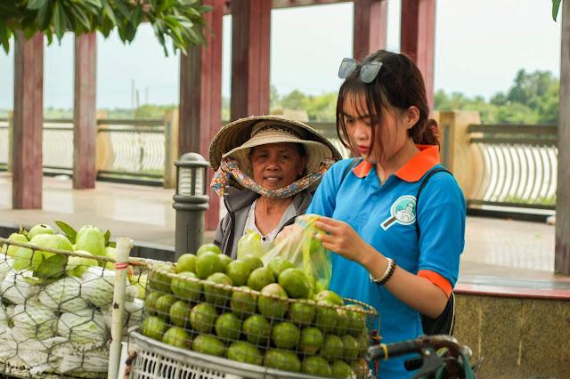 Best Food and Must Eats in Vietnam
