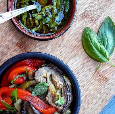 Antipasti de légumes healthy et sa vinaigrette au basilic Charlotte and cooking