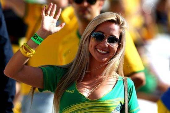 Suporter cantik brazil piala dunia 2018