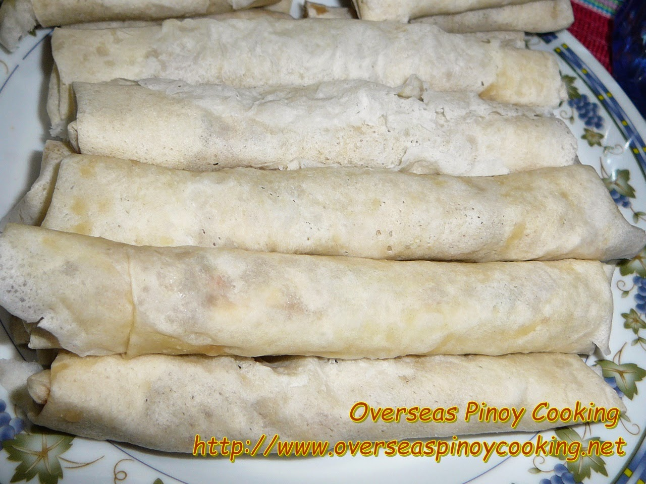 Cheesy Lumpia Rolls
