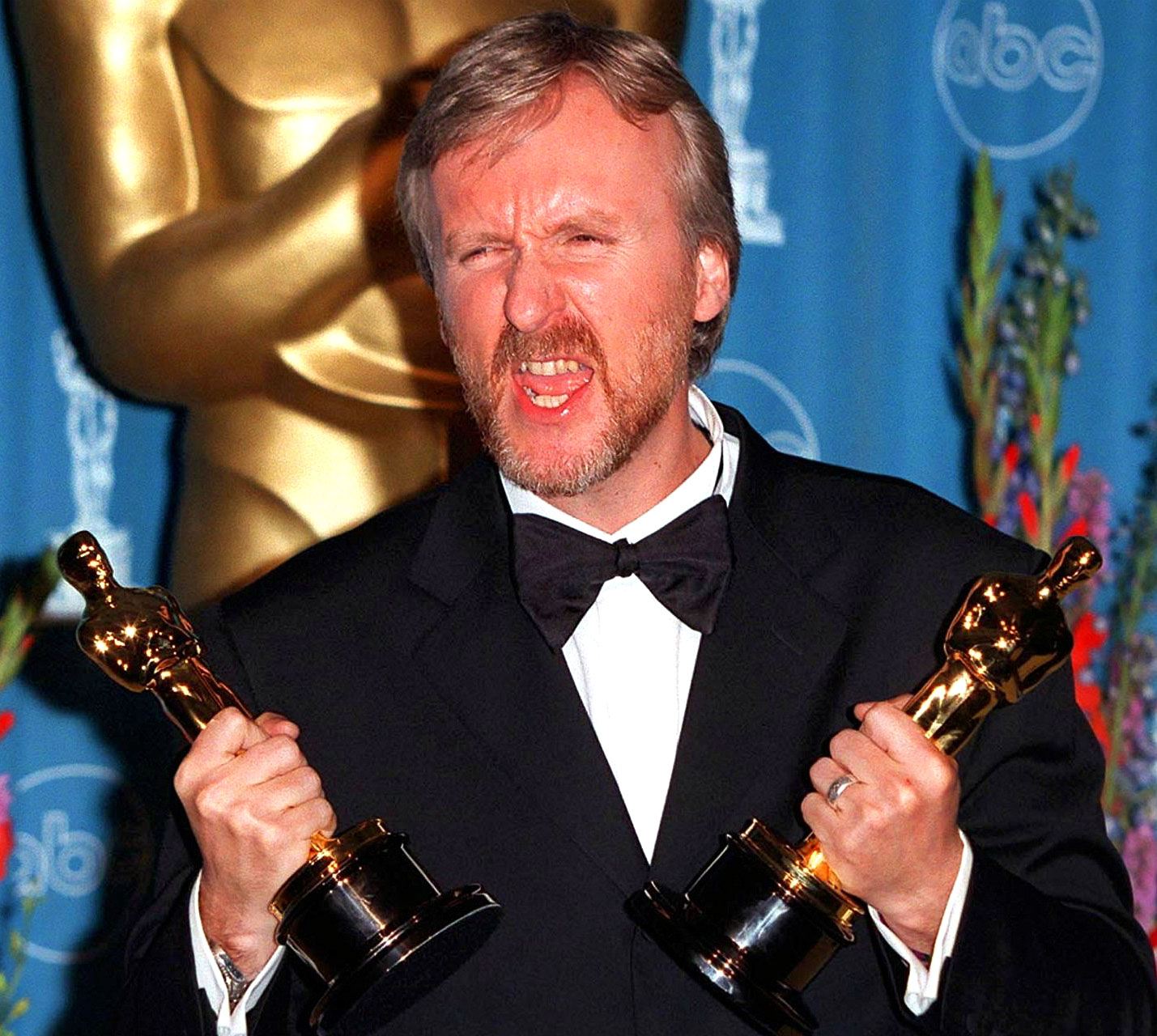 titanic and james cameron James cameron discusses titanic, avatar and terminator, and that time he almost got into a fistfight with harvey weinstein at the oscars.