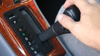 كيف قيادة السيارة الأوتوماتيك,مميزات وعيوب السياره الأوتوماتيك,السيارة الأوتوماتيك, السيارات, ميكانيكا السيارات, شرح اجزاء السيارة