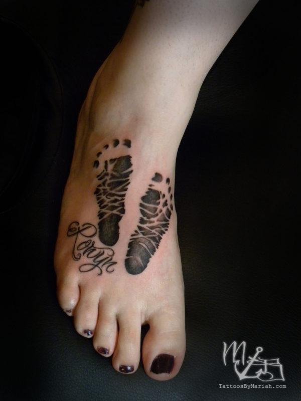 tatuajes de huellas de bebes