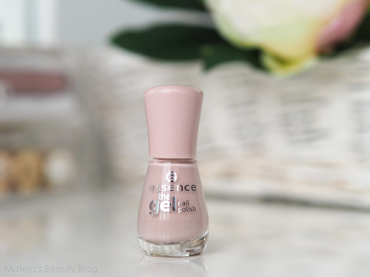 Essence the Gel Nail Polish 98 pure beauty - Mateja\'s Beauty Blog