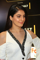 Isha Talwar Looks super cute at IIFA Utsavam Awards press meet 27th March 2017 42.JPG
