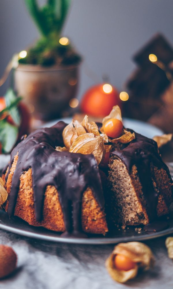 what's Christmas without some Christmas cakes? Check These 15+ Vegan Christmas Cakes That are Extremely Delicious. cake recipes christmas | amazing christmas cake | holiday desserts christmas cake | christmas desserts cakes #cakes #christmas #healthy #healthyeating