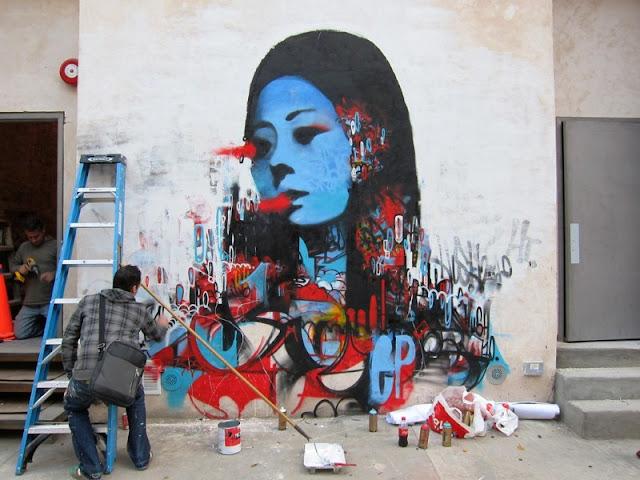 Уличный художник. Hush 23