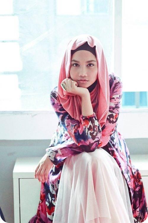 єvє S Rℓd Hijab Land