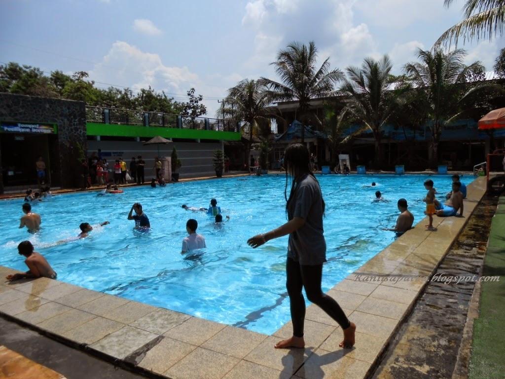 kolam renang 1 meter