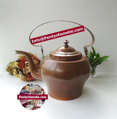 "awesome vintage large copper kettle and lid enhanced with a nice large brass handle.Tall 10.63"" with lid, approx 15"" up to handle"
