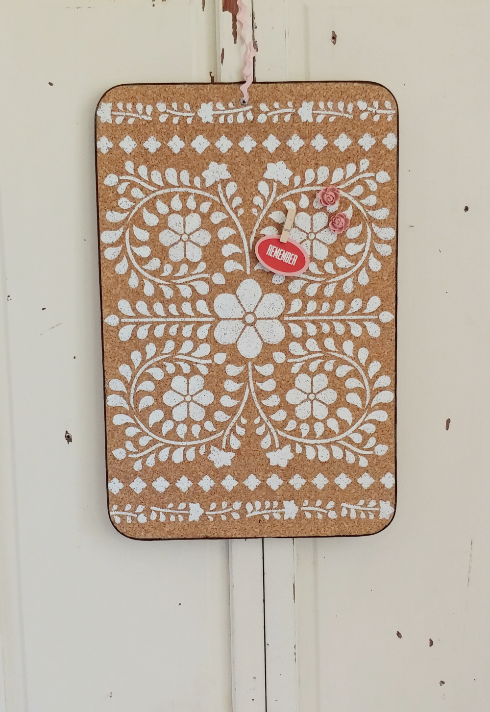 Vintage Bulletin Board Refresh