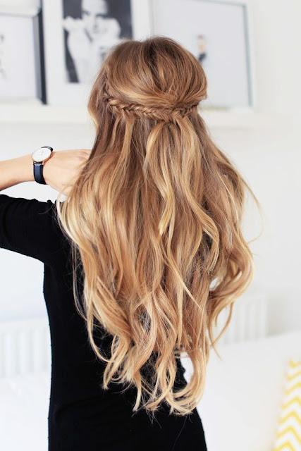 Nos dias corridos nunca dá tempo de fazer penteados demorados e é por isso que existem tantas opções incríveis de penteados lindos e fáceis. Separei 4 inspirações maravilhosas para você arrasar em qualquer ocasião.