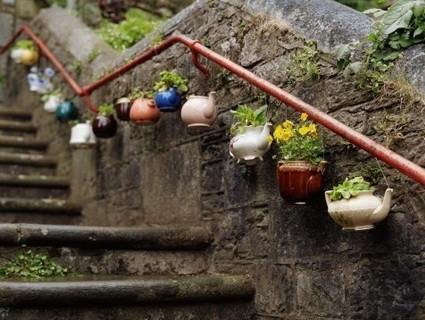 Homemade Planters With Recycled Objects 3