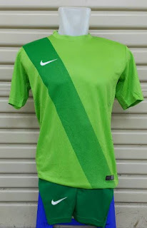 Jersey Setelan Futsal Nike Sash terbaru musim 2015/2016 warna hijau di enkosa sport toko online jersey bola terpercaya kualitas grade ori