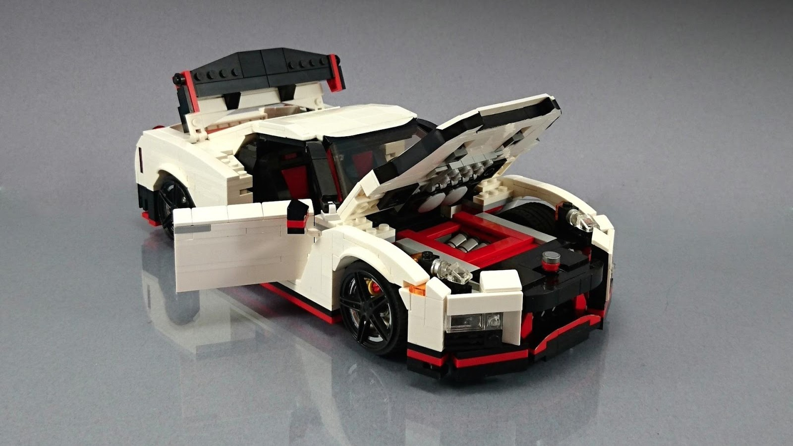 Half Scale Race Cars >> Nissan GT-R Nismo Fan Creates His Own Lego Masterpiece | Carscoops