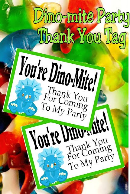 "Give your guests a yummy Thank You at your Dinosaur party with this fun Party Favor Tag. Tag says ""you're dino-mite! Thank you for coming to my party"" and is perfect for your Dinosaur party favor bags. #dinosaur #dinosaurparty #partytag #bagtopper #printableparty #diypartymomblog"