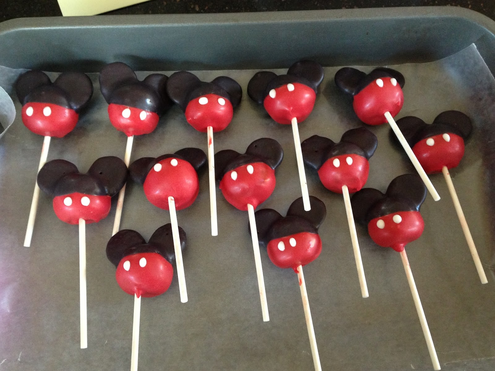 Joyce Gourmet Minnie Mouse Birthday Cake Amp Mickey