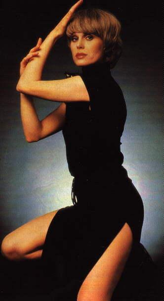 Dazzling Divas: Joanna Lumley