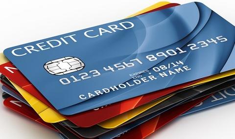 Mở nhiều thẻ tín dụng