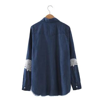 Blusa manga larga vintage confeccionada en denim con aplicaciones en codos