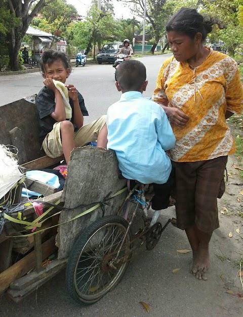 Duka Seorang Ibu Dibalik Roda