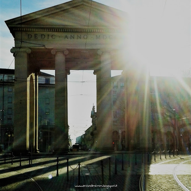L'Arco di Porta Ticinese nel piazzale XXIV Maggio