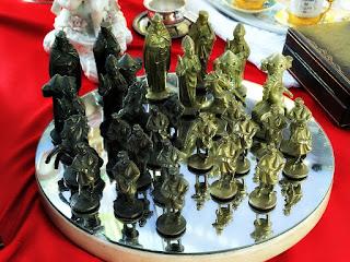 Monges de Bronze, Caminho dos Antiquários - Porto Alegre