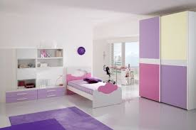 cuarto niña lila rosa