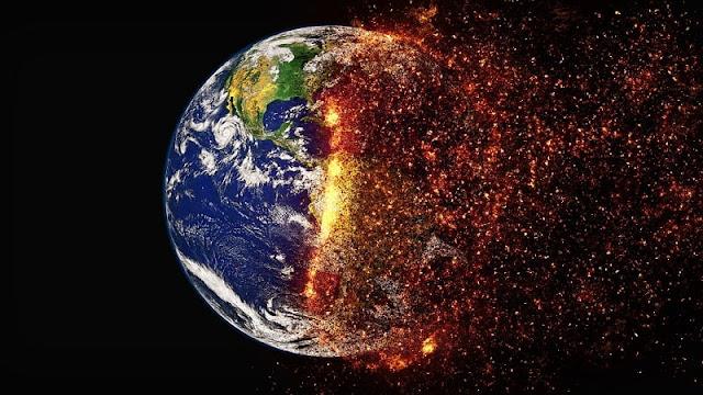 ilustrasi planet bumi hancur terbakar separuhnya akibat ulah manusia
