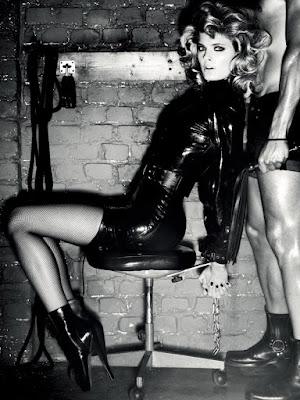 Constance Jablonski Giampaolo Sgura fetish shoes zapatos tacones bota