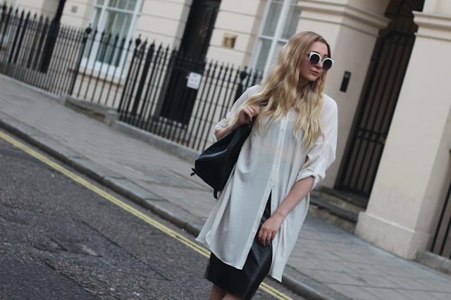how to style oversized shirt blog