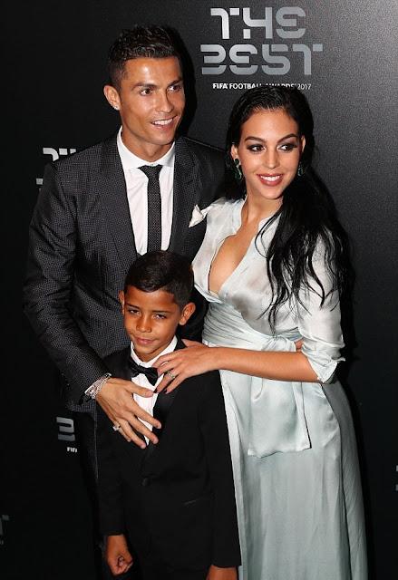 Photo of Cristiano Rinaldo's, his girlfriend snd son
