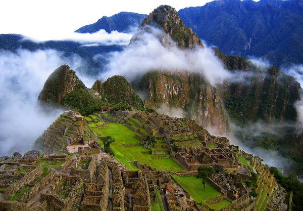 Мачу Пикчуе построен на особено място, на върха на Андите