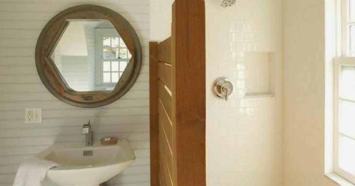 Bathroom Mirror Cleaning Tips - AyanaHouse