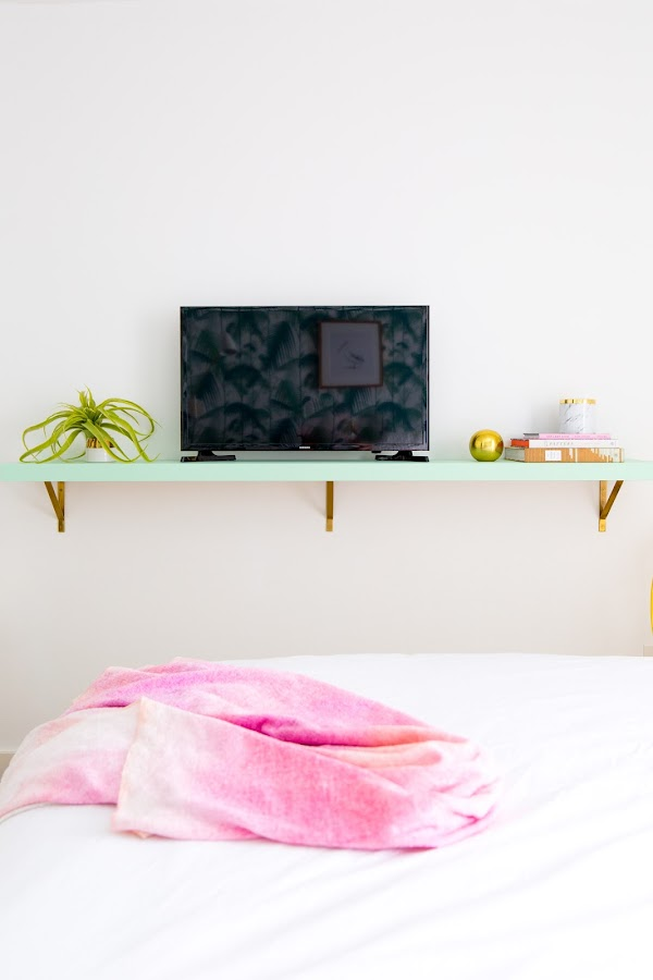Como colocar la televisión en la habitación de tu hijo