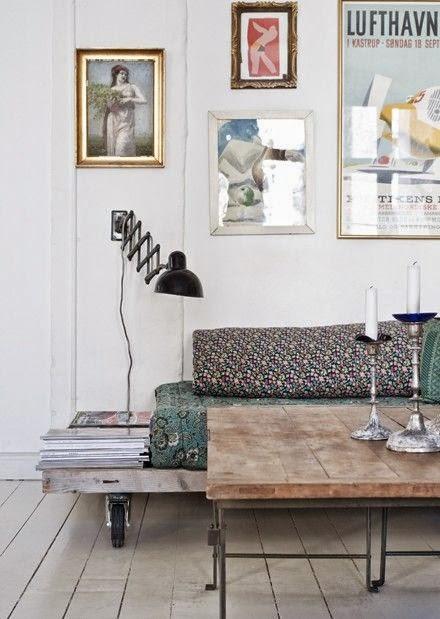 25 ideas de decoraci n de salas que poner al lado del sofa - Mesas para el sofa ...
