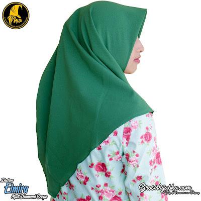 Hijab Instan Segi Empat Dengan Bahan Tebal dan Halus