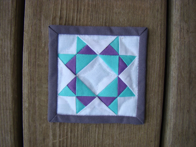 Missouri star mini mini quilt