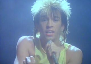 videos-musicales-de-los-80-kajagoogoo-too-shy