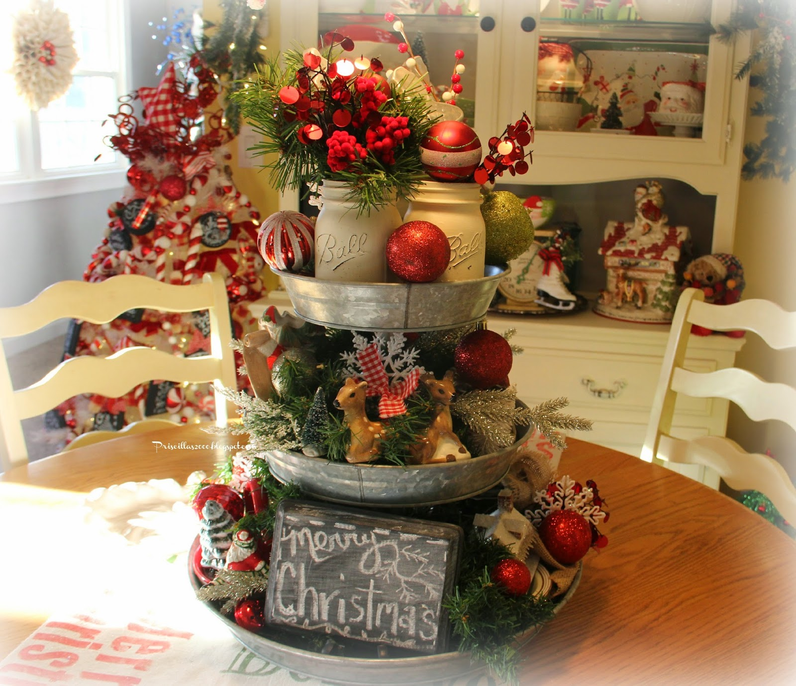 Priscillas Christmas Galvanized Tray Centerpiece