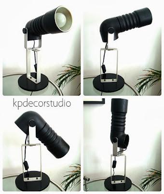 lámpara vintage años 70 diseño original de sobremesa. Para mesa auxiliar, dormitorio o escritorio