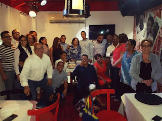 DISTRIBUIDORA DEL SUR Y LA FAMILIA VALDEZ FELICITAN AL PUEBLO EN NAVIDAD Y AÑO NUEVO