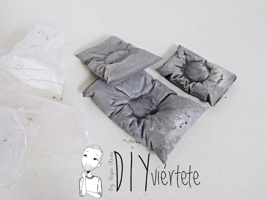 DIY-PINTYPLUS-handbox-ideas-decoración-candelabros-velas-almohada-cojín-cemento-oro-dorado-bolsa-bolsita-saquito-gold-evolution-5