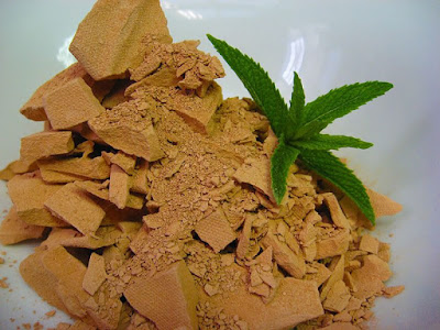 10 Unbelievable Benefits Of Multani Mitti For Health, Skin And Face