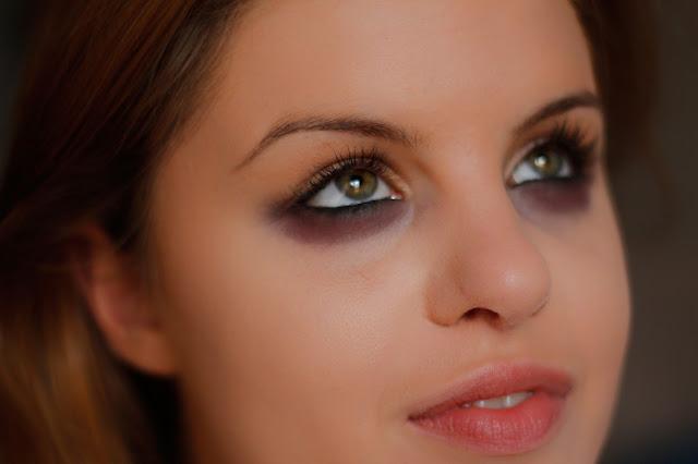 makijaż zombie na halloween
