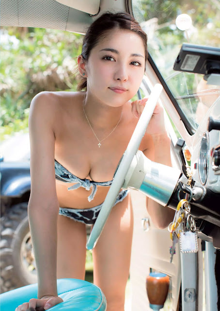 Ishikawa Ren 石川 恋 Weekly Playboy No 36 2015 Pictures 2