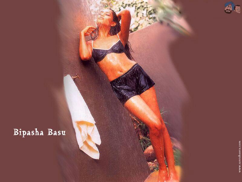 Bipasha Basu Bipasha Basu  Bipasha Sexy Pictures-3538